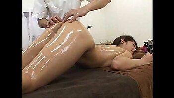 Menstruation oil massage for screwing his bride