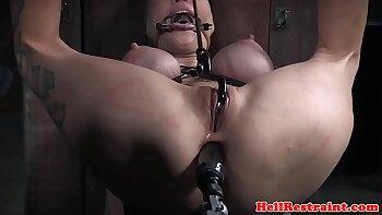 Sexy BDSM machine anal and vibe