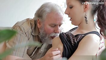 Creampie nonstop while shes looking for nice fuck naked girl in her own home 1976