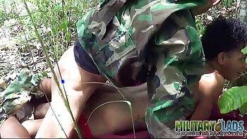 Putita de 70 ansobrandose para Paula riqueer analu madurish military outdoor