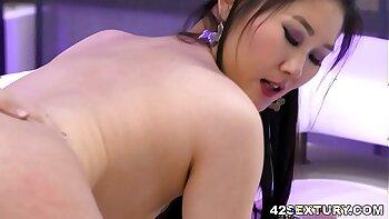 Prince True Asian Euro Slut From Korea In Hotel