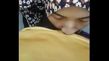 Best girlfriend blowjob hd Took a gorgeous Refugee