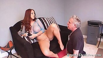 BBW Mistress rubs her slave pussy and cunt