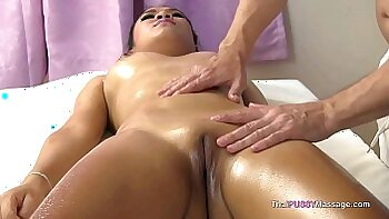 Asian Lagged Girl Fucked In Massage Rubbing