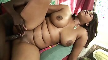 Babe sucks big oily cock with passion while riding